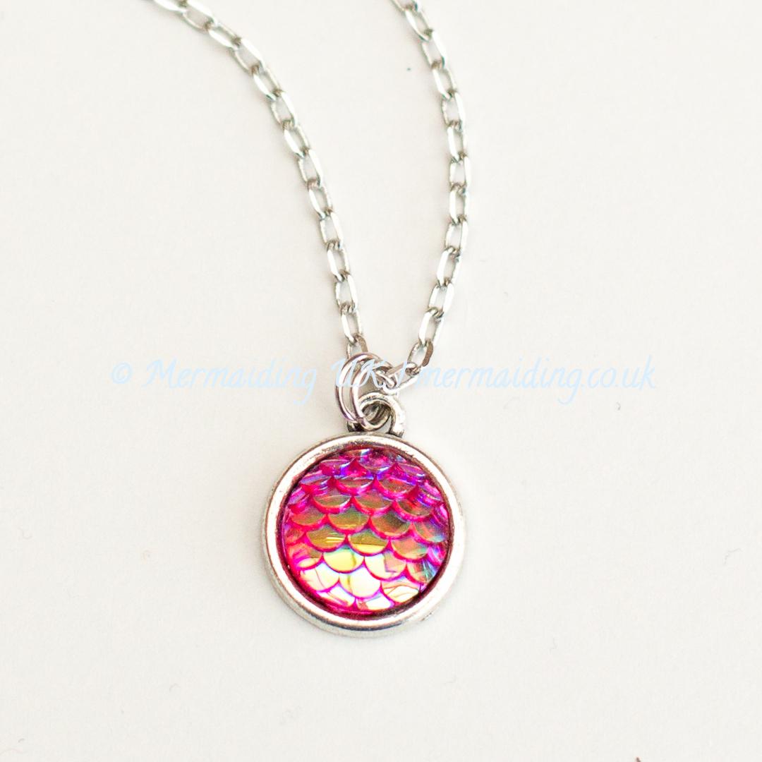 Pink mermaid scale necklace | Mermaiding UK | mermaiding.co.uk