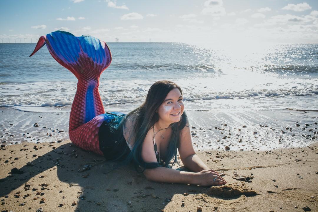 Mermaid Kerenza Sapphire on the beach, by Sarah Wayte Photography | mermaiding.co.uk