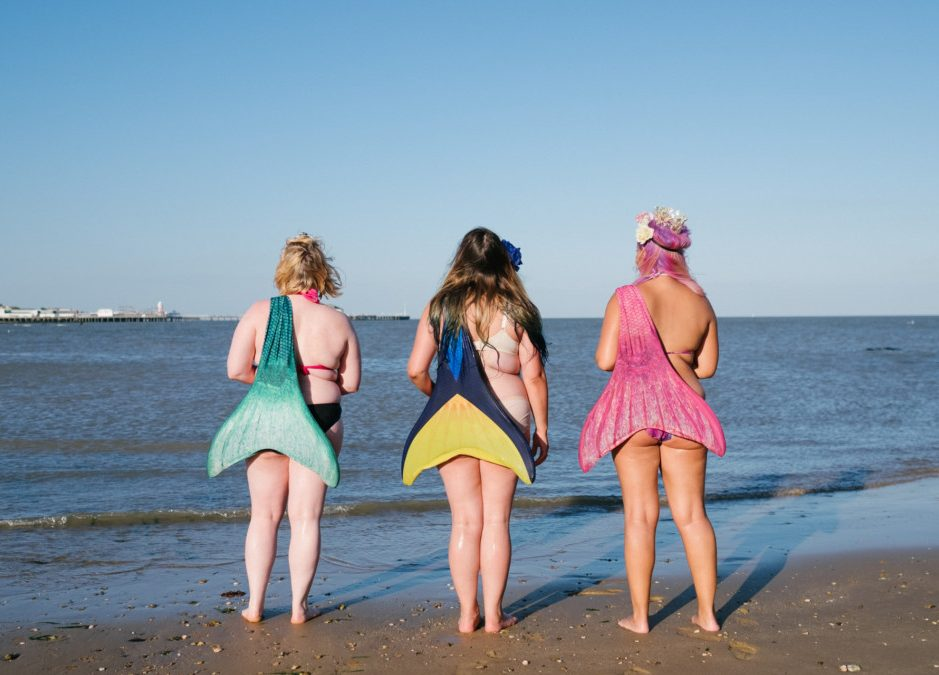 Body Positive Mermaids by Mermaiding UK, Grace Elizabeth Photography, The Mermaid Playground and Bodyposipanda | mermaiding.co.uk