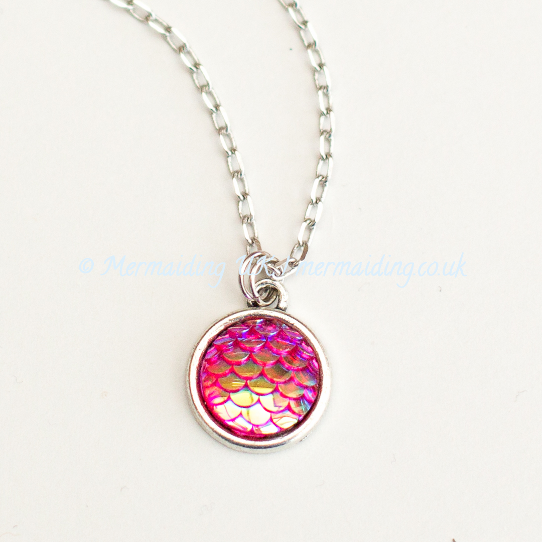 Pink mermaid scale necklace | Mermaiding UK | mermaiding.co.uk