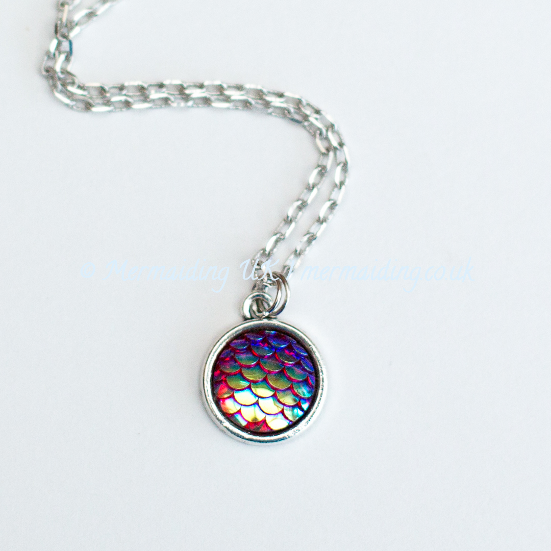 Red mermaid scale necklace | Mermaiding UK | mermaiding.co.uk