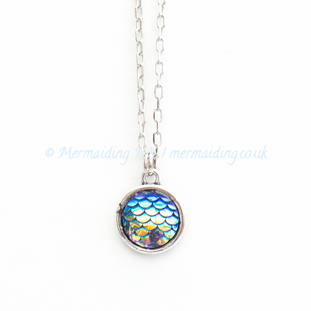 Deep Blue mermaid scale necklace | Mermaiding UK | mermaiding.co.uk
