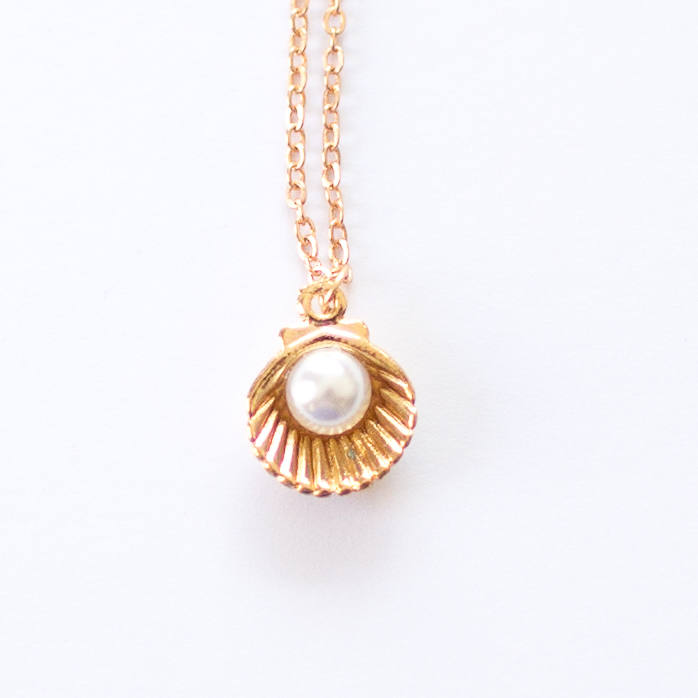 shell necklace | Mermaiding UK | mermaiding.co.uk